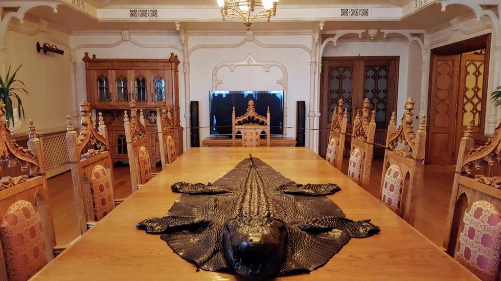 Межигір'я - Лицарська зала